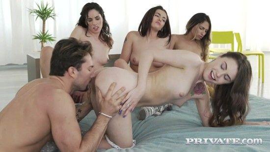 Private – Elle Rose, Lara Romero, Linda Del Sol, Baby Nicols – Share A Stallion