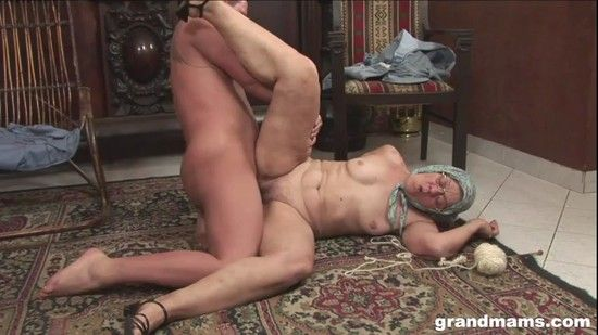 GrandMams  – Knitting Grandmam – Gets Fucked