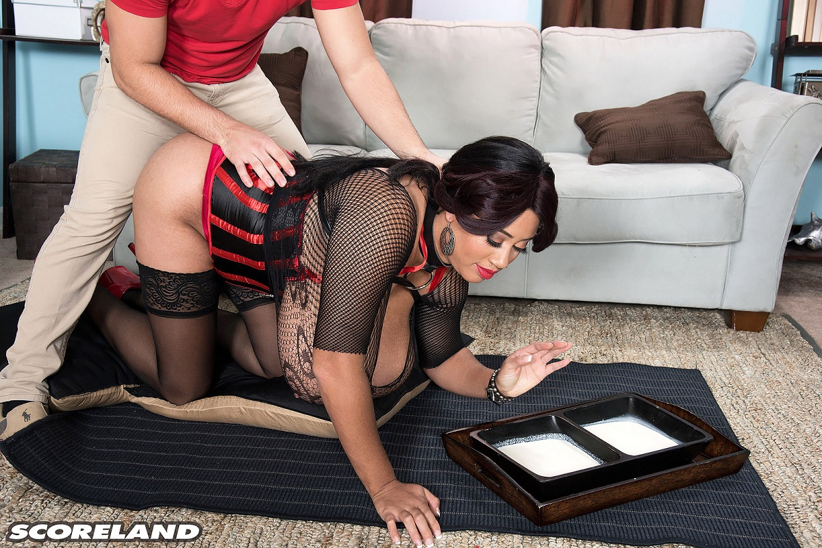PornMegaLoad – Roxi Red – Makes The Milkman Cometh
