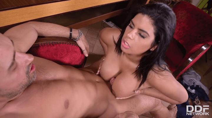 DDFBusty – Sheila Ortega