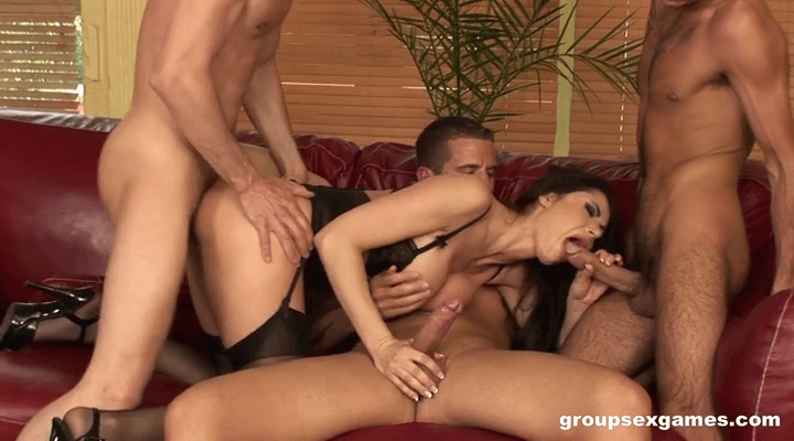 GroupSexGames : Busty Slut Banged Cocks – Eva Karera