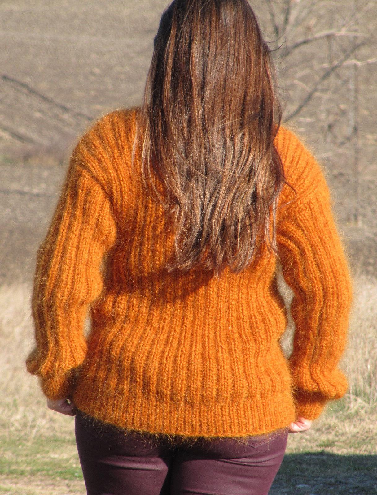 70542319_crewneck-fuzzy-pullover-jumper-7.jpg