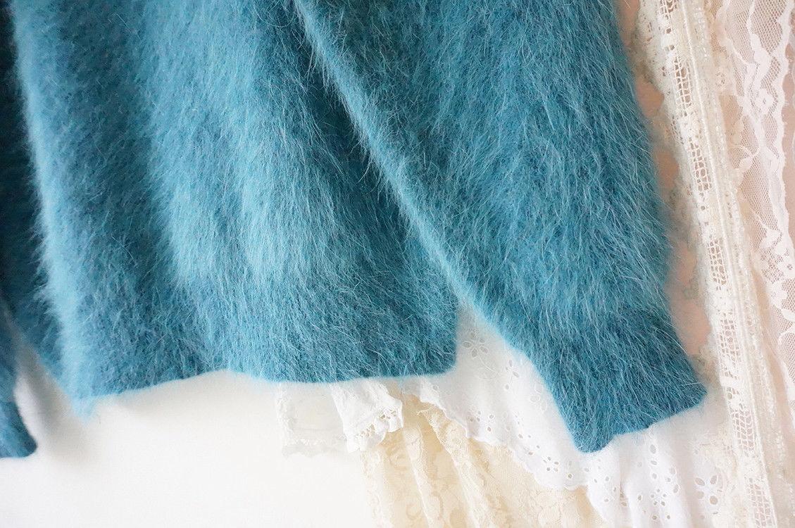 70564552_aquamarine-angora-rabbit-fur-3.jpg