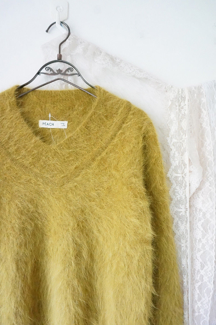 70564575_yellow-angora-rabbit-fur-7.jpg