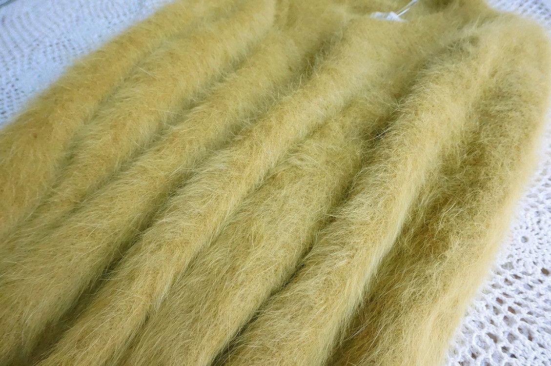 70564577_yellow-angora-rabbit-fur-9.jpg