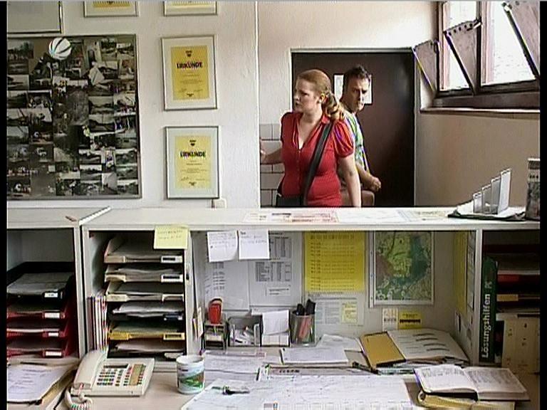 70654618_julia-brahms-sat-1-lenssen-partner-red-dress-with-big-boobs-03-09-08.jpg