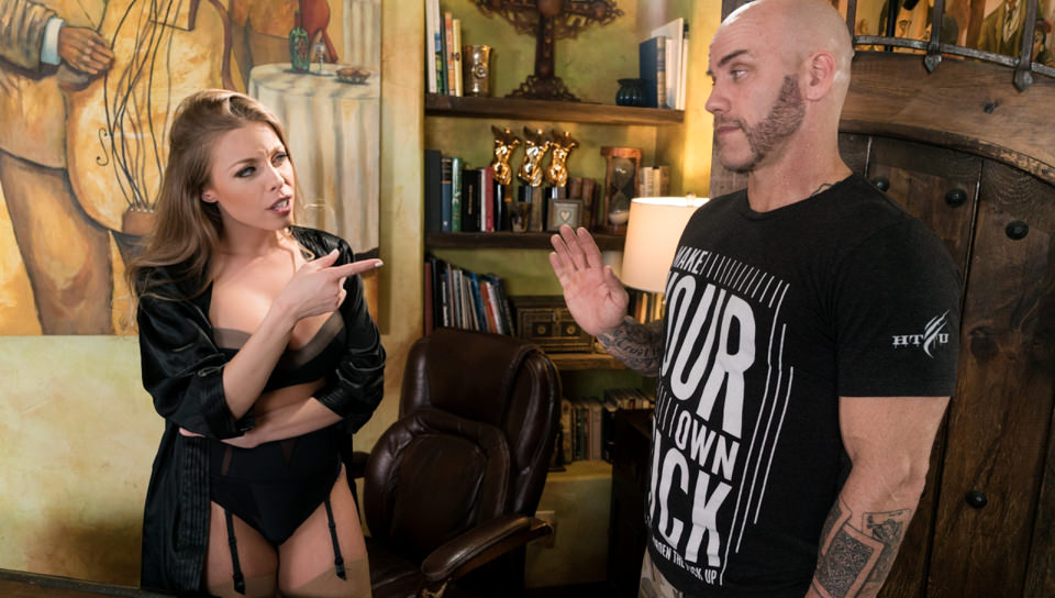 NuruMassage : The Critic – Britney Amber