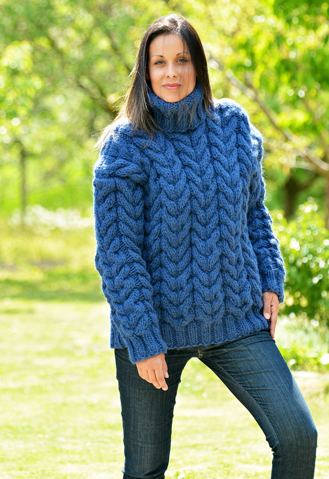69643800_blue-hand-knitted-wool-4.jpg